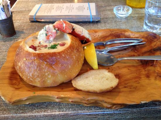 Cody's : Crab and corn chowder in a bread bowl.