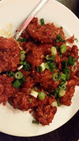 Akshaya: Prawn chilli so hot LOL
