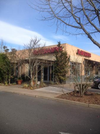 G Bar Beaverton McMenamins Pubs - Ceda...