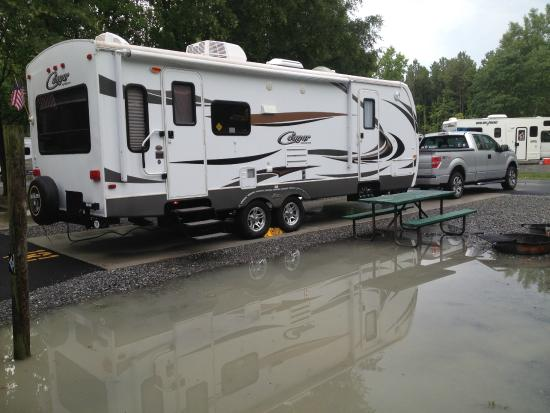 Kings Dominion Camp Wilderness Campground: Flooded sites