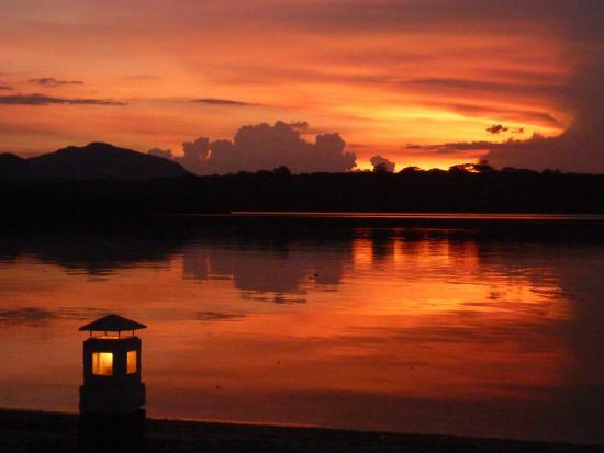 Menjangan Island: Mimpi sunset