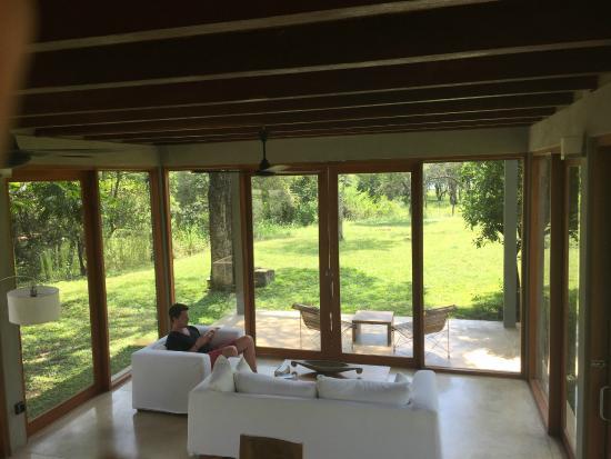Wild Grass Nature Resort: Salon