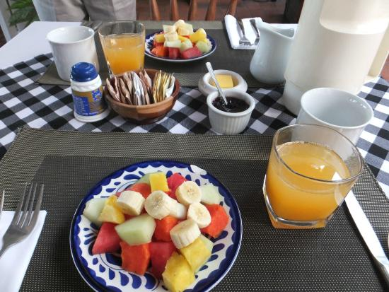 Posada El Quijote: lovely breakfasts