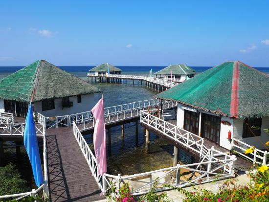 Stilts Calatagan Beach Resort Floating Cottages