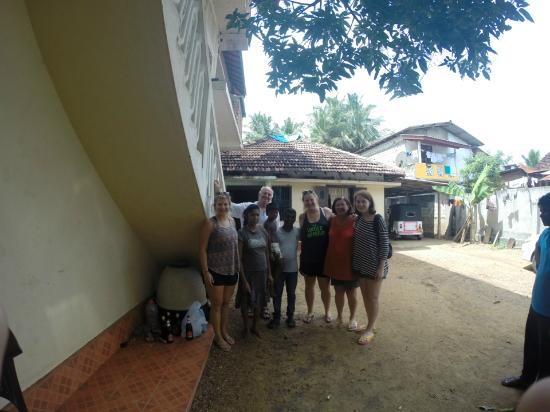 Lahiru Villa : Galle Family Snap