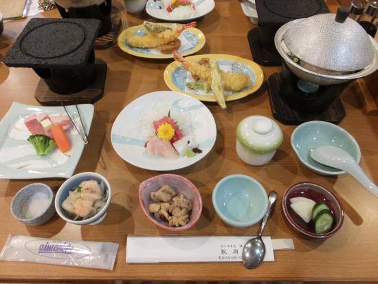 Hotel Keikyu Aburatsubo Kanchoso : 食事