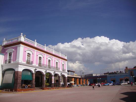 Otumba, Mexico: Casa de Cultura y Plaza