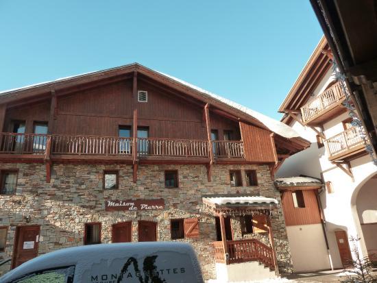 appartements dans chalet vue exterieure picture of les montagnettes le hameau de la sapiniere