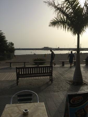Hotel Colon Rambla: At the beach