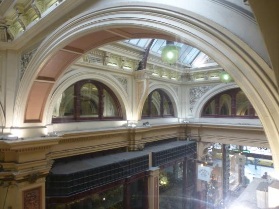 Melbourne Walks: Looking across block arcade