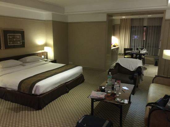 Pacific Regency Hotel Suites Feb 15 Superior Suite Room