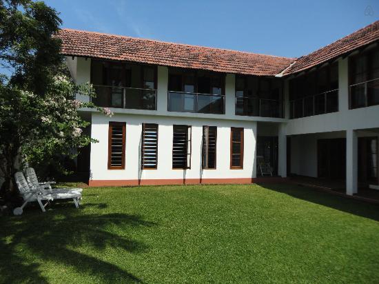 Aara Residences