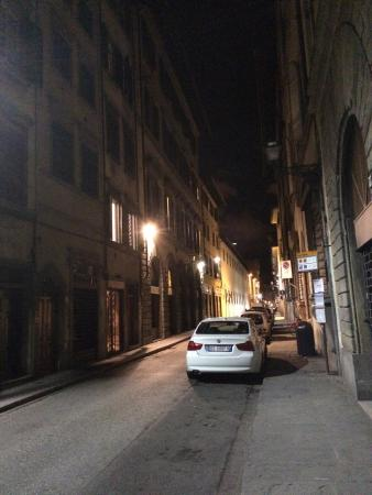 Palazzo Galletti: Street in front of the hotel