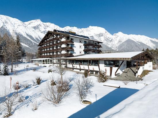 Hotel Kaysers Tirolresort: Aussenansicht