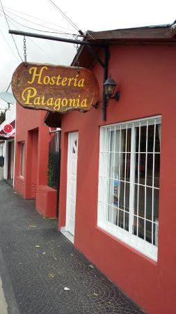 Hosteria Patagonia: Вход в отель