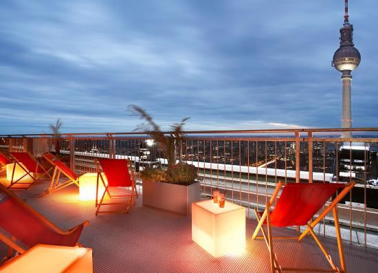 Dachterrassen Berlin dachterrasse bei nacht picture of park inn by radisson berlin