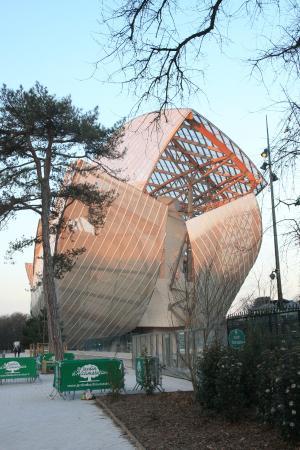 LV Foundation entrance - Picture of Fondation Louis Vuitton, Paris ... 22197ec7294