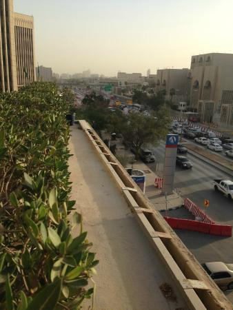 Radisson Blu Hotel, Riyadh: From here you can fall to your death as an optional extra