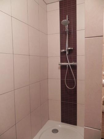 Aux Mésanges : La douche