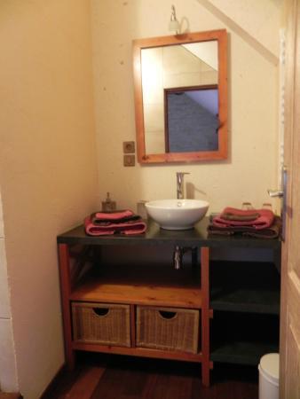 Aux Mésanges : La salle de bain