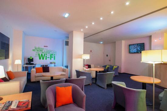 Hotel Ibis Styles Ramiro I: Salón social