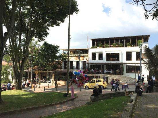 hermosas casas de colores - Opiniones de viajeros sobre Parque de Usaquen 4782662cc22