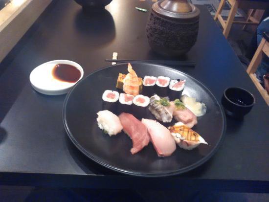 Sushi Hanada: My meal. VERY tasty