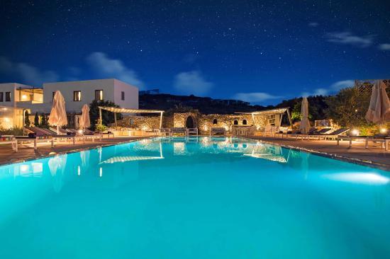 Naoussa Hills Boutique Resort: pool