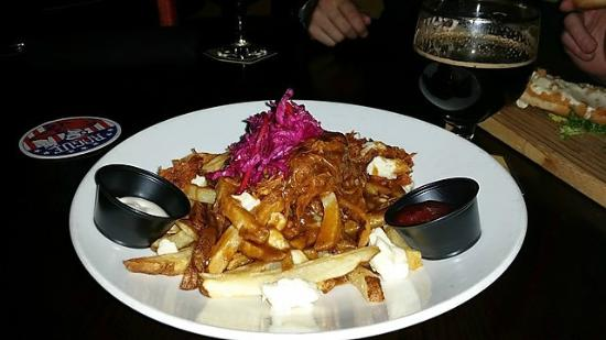 Beer Bros: BBQ Pulled Pork Poutine