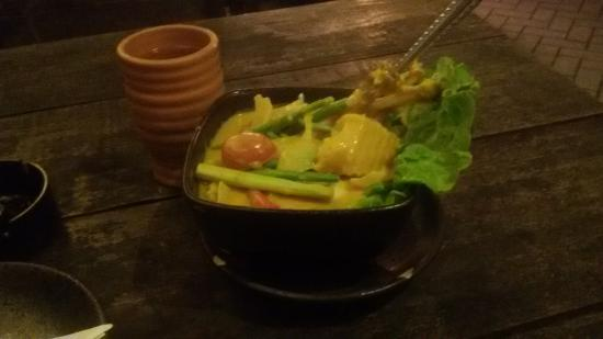 Thai Simple Kitchen: spare rib curry with vegetables