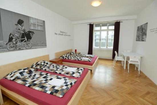 Viva Rooms