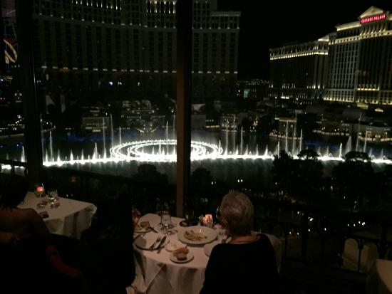 Cozinha Picture Of Eiffel Tower Restaurant At Paris Las Vegas Las Vegas