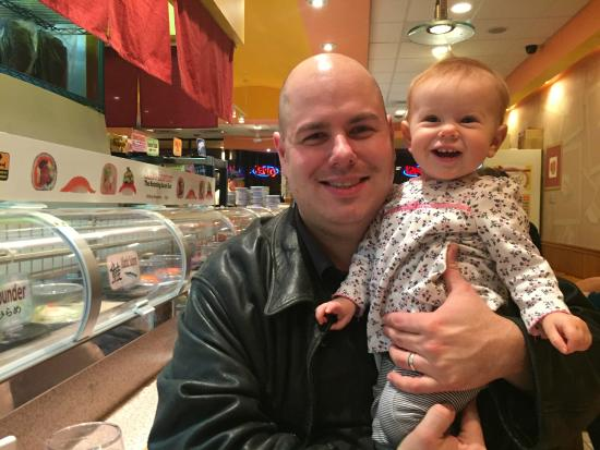 Enjoying Sushi Station With My Family Picture Of Sushi Station Rolling Meadows Tripadvisor De lekkerste sushi krijgt u bij sushi station! tripadvisor