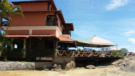 Iriri, ES: Restaurante Recanto das Pedras