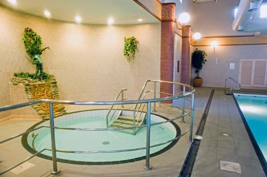 Greenhills Conference And Leisure Hotel Updated 2017 Reviews Price Comparison Limerick