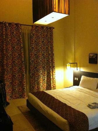 Lotus Grand Hotel Apartments: Main bedroom