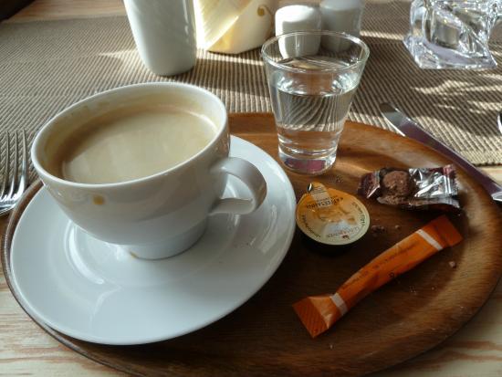 Hotel Habichtstein: Coffee but no cake