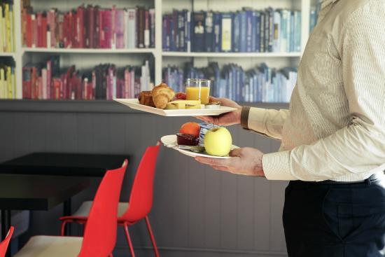 Ibis Manosque Cadarache: Salle petit déjeuner
