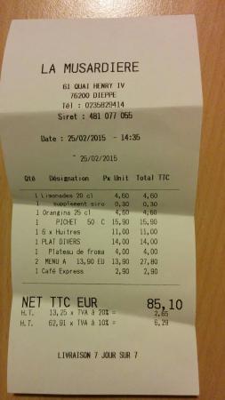 La Musardiere : Addition, 3 menus du midi plus une entrée d'huitres, un plat, un fromage et 50 cl de vin.