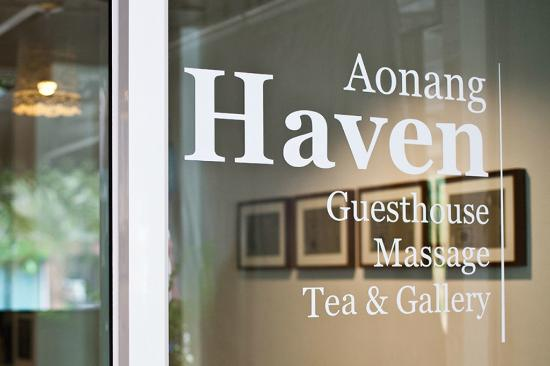 Aonang Haven Guesthouse.Massage.Tea & Gallery : Front Door