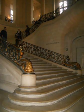 La libert che guida il popolo foto di museo del louvre for La piattaforma del secondo piano progetta le immagini
