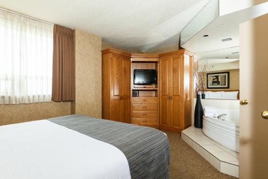 The Glenmore Inn & Convention Centre: Executive Suite