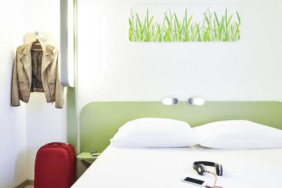 ibis budget manosque cadarache hotel france voir les tarifs et 178 avis. Black Bedroom Furniture Sets. Home Design Ideas