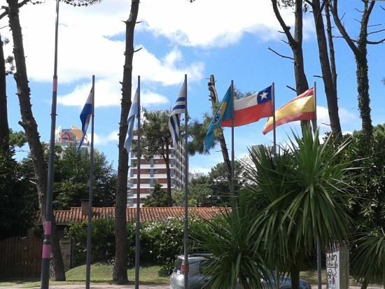 Salto Grande Hotel: En la Entrada del Hotel