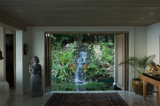 Silent Waters Villa: Waterfall in Master Lodge area