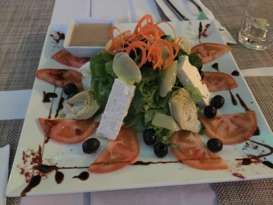 Villa Pizza: Greek salad