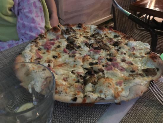 Villa Pizza: Pizza Dijonnaise