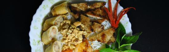Vietnamese Noodle House: getlstd_property_photo