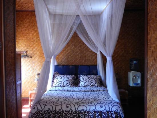 Pondok Oka Homestay: Habitacion