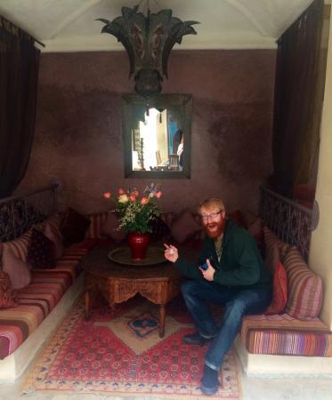 Riad Lorsya: The courtyard